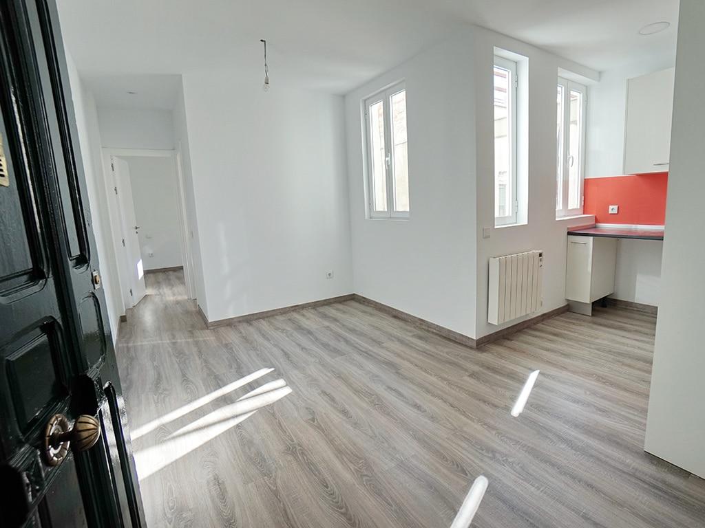 Reforma de 29 viviendas<br /> RETIRO | MADRID